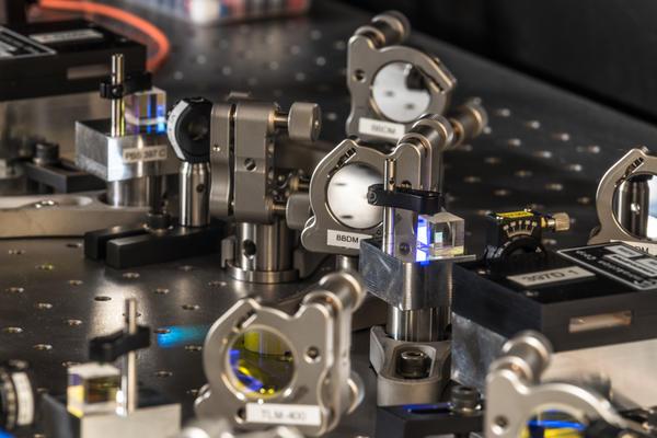 lucas  optics bench